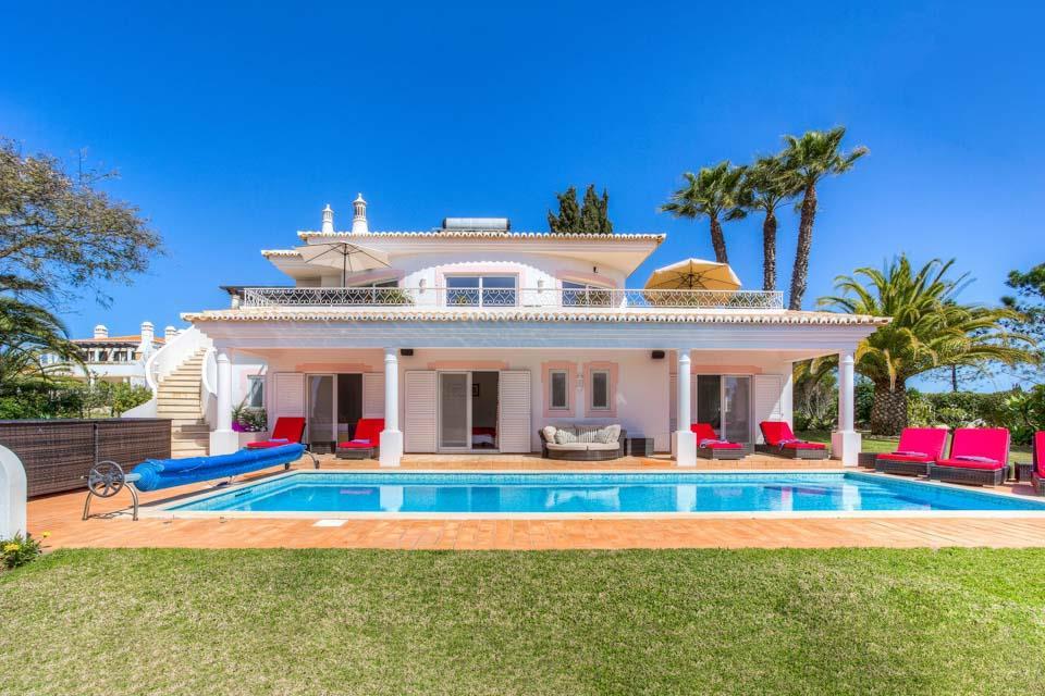 Casa Muriel