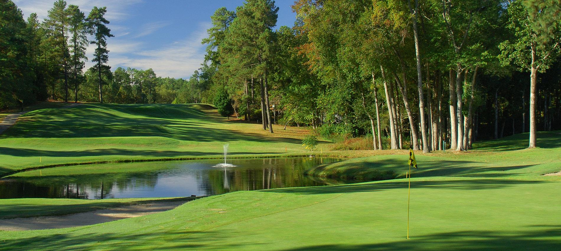 The Holly Inn at Pinehurst 5* - 7 Nights Bed & Breakfast, 5 Rounds (Including Pinehurst No.2)