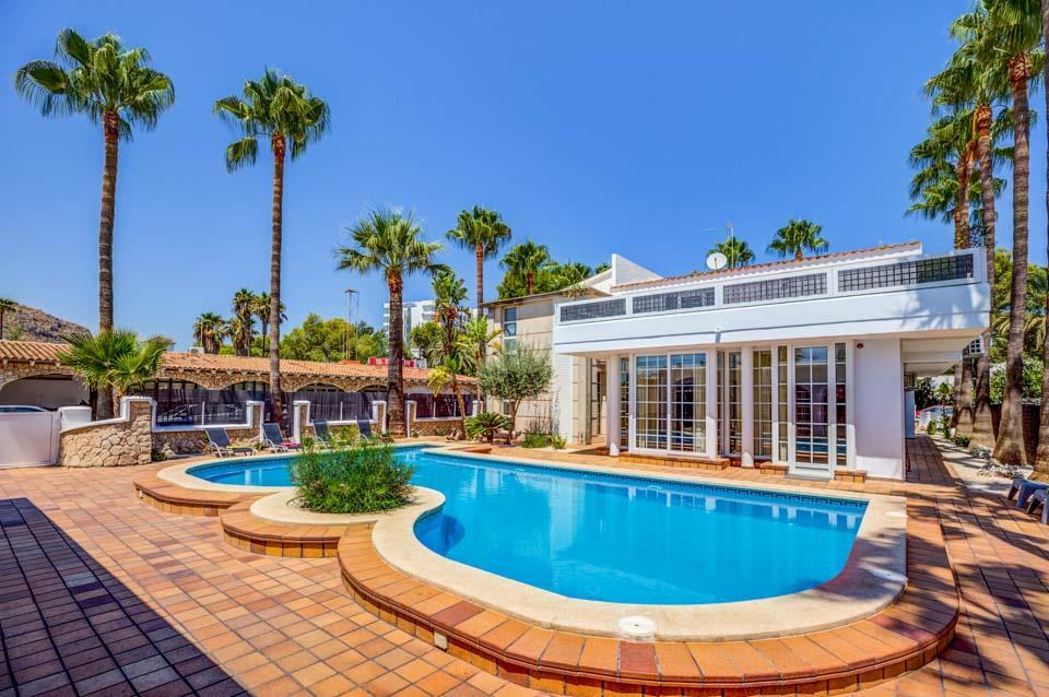 Villa Els Reines