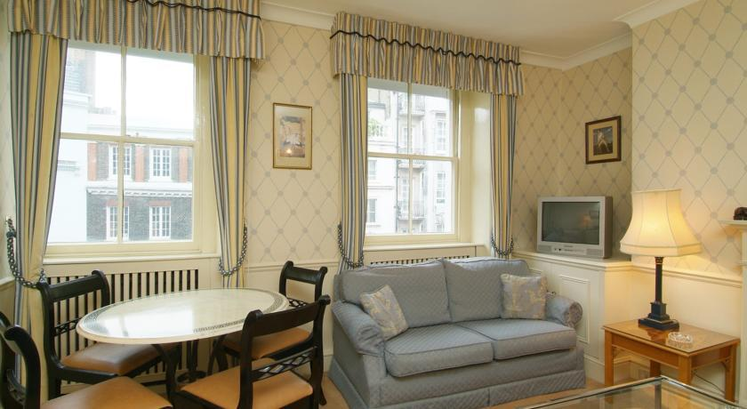 44 Curzon Street Three Bedroom Apartment