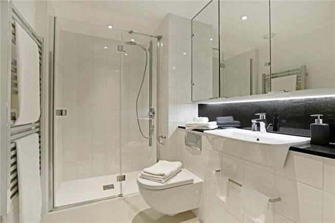 Fetter Lane - Bathroom
