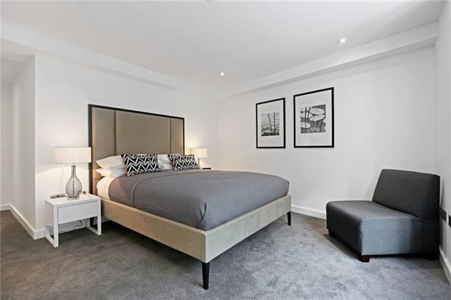 Fetter Lane - Bedroom