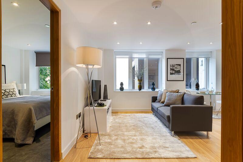Fetter Lane - Living Room and Bedroom