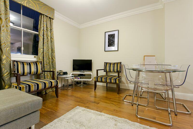 Knaresborough Place - Living and dining Area