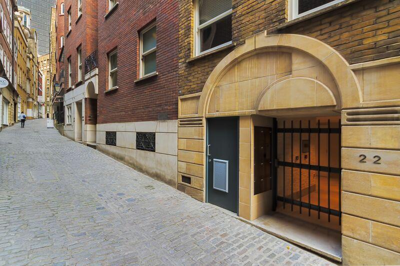Lovat Lane - Exterior