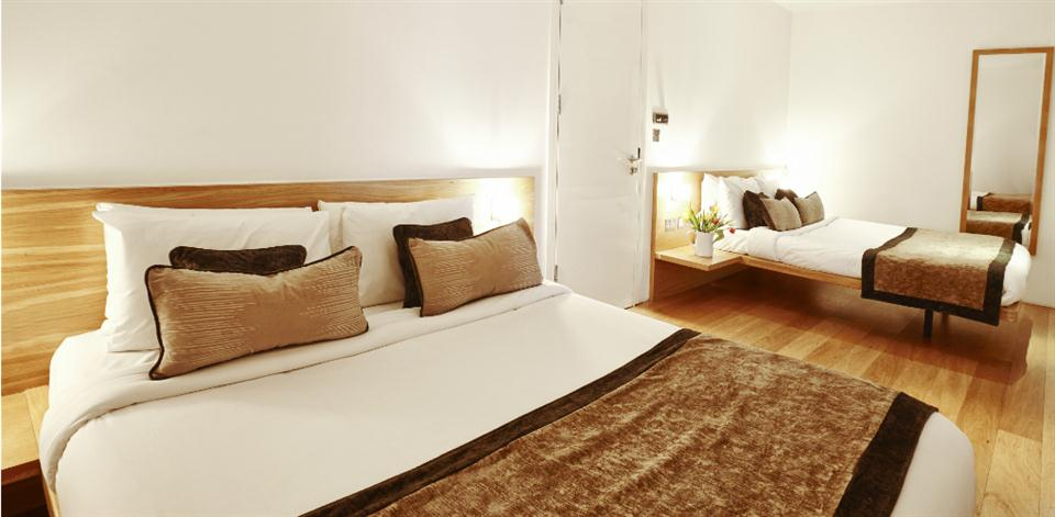 London Bridge - Bedroom