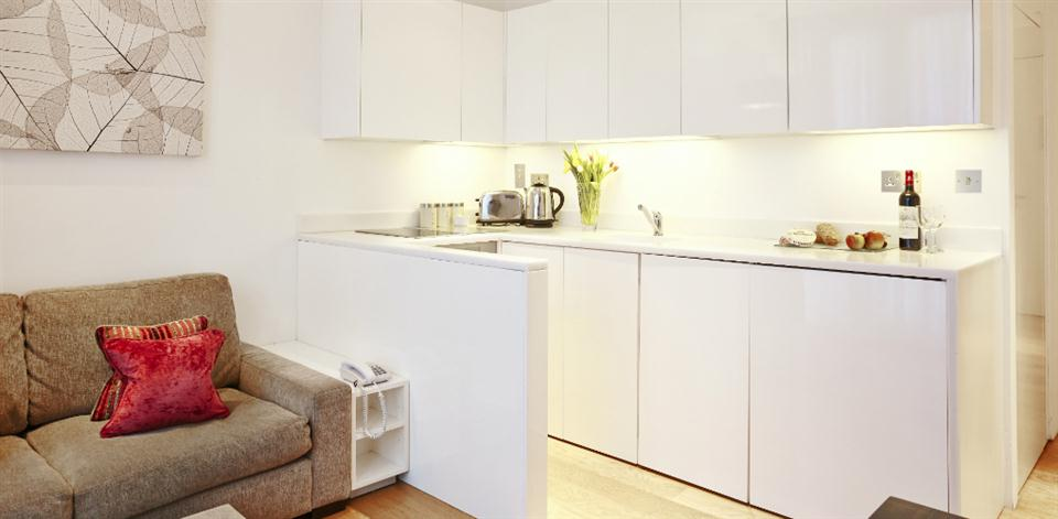 London Bridge - Kitchen and Living Area