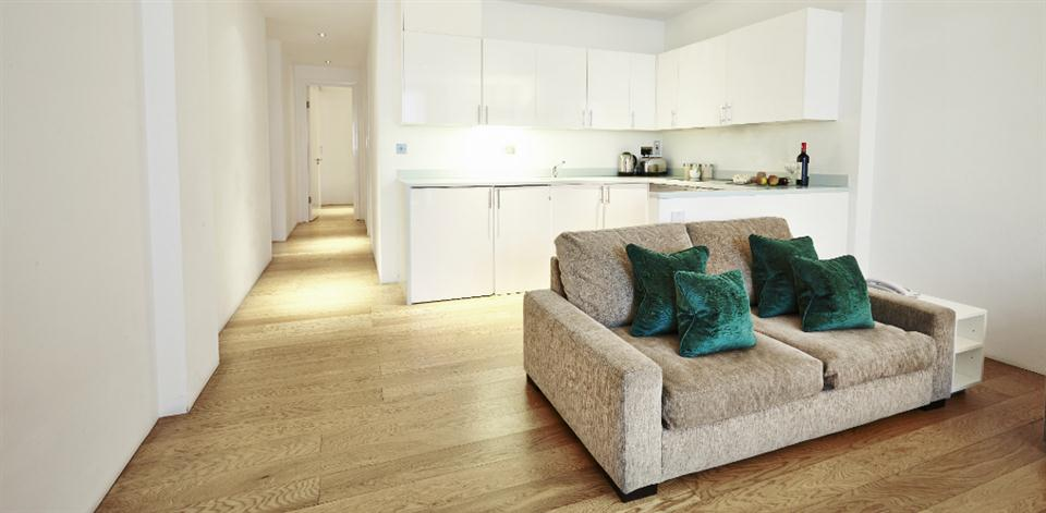 London Bridge - Living and Kitchen Area