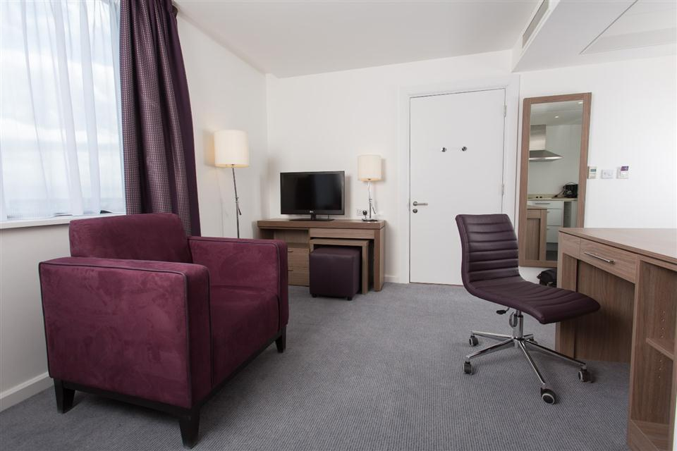 Staybridge Suites Birmingham - Living Area