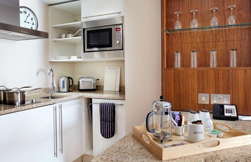Staybridge Suites Newcastle - Kitchen