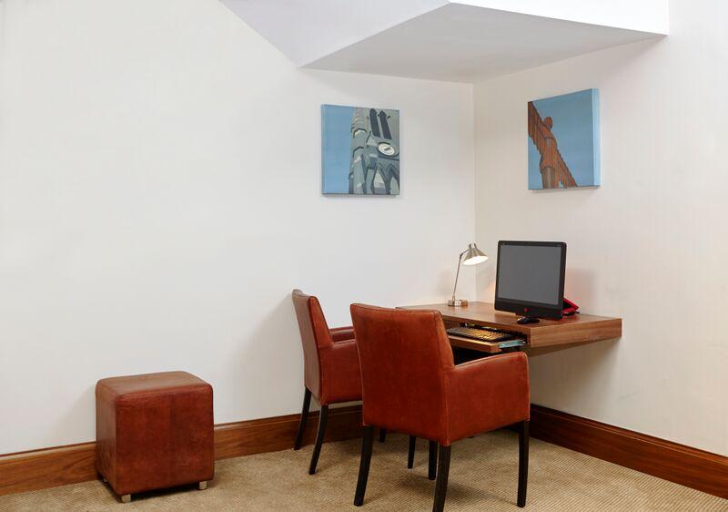 Staybridge Suites Newcastle - Work Desk