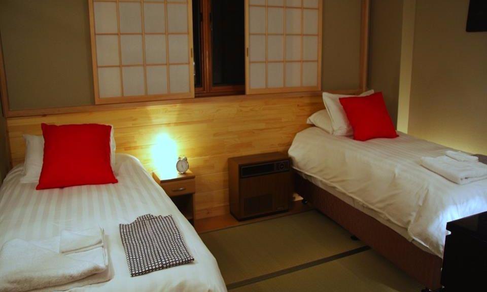 Hakuna Accommodation Double Black 2