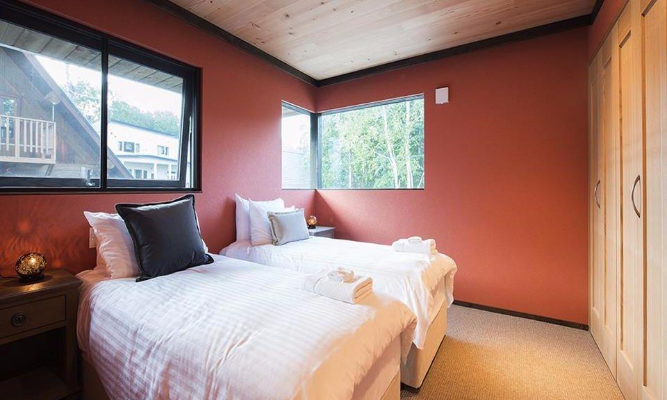Niseko Accommodation Gustav's Hideaway 8
