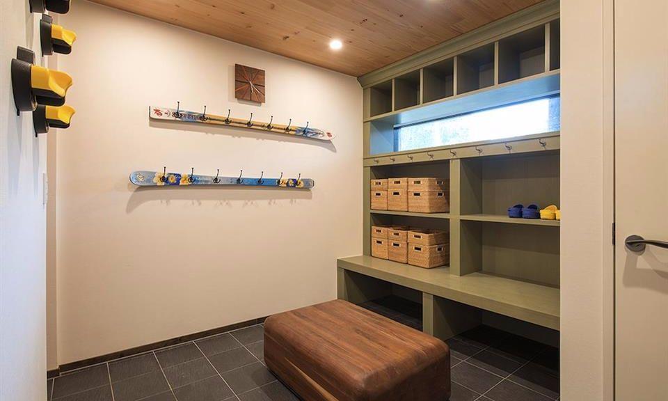 Niseko Accommodation Gustav's Hideaway 13