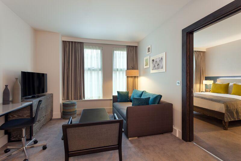 Staybridge Suites London Vauxhall - Living Area