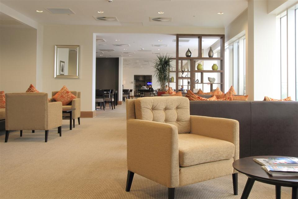 Staybridge Suites London Stratford - Residents Lounge