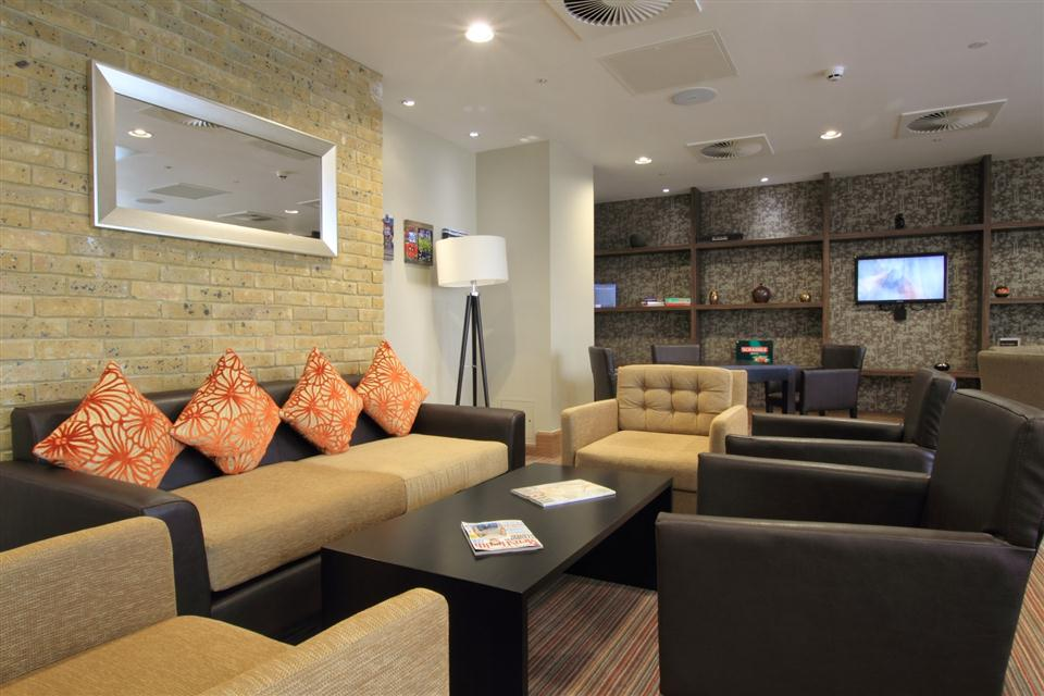 Staybridge Suites London Stratford - The Den
