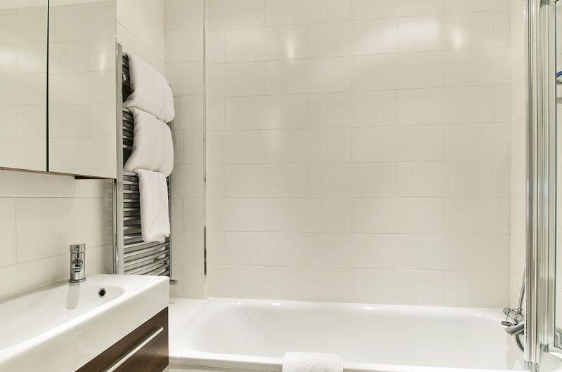 Chiltern Street Executive One Bedroom Apartment - Bathroom