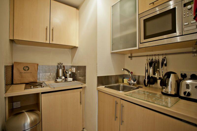 Chiltern Street Premium One Bedroom Apartment - Kitchen