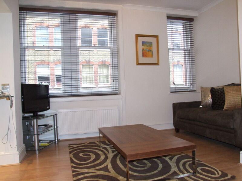 Chiltern Street Standard Deluxe One Bedroom Apartment - Living Room