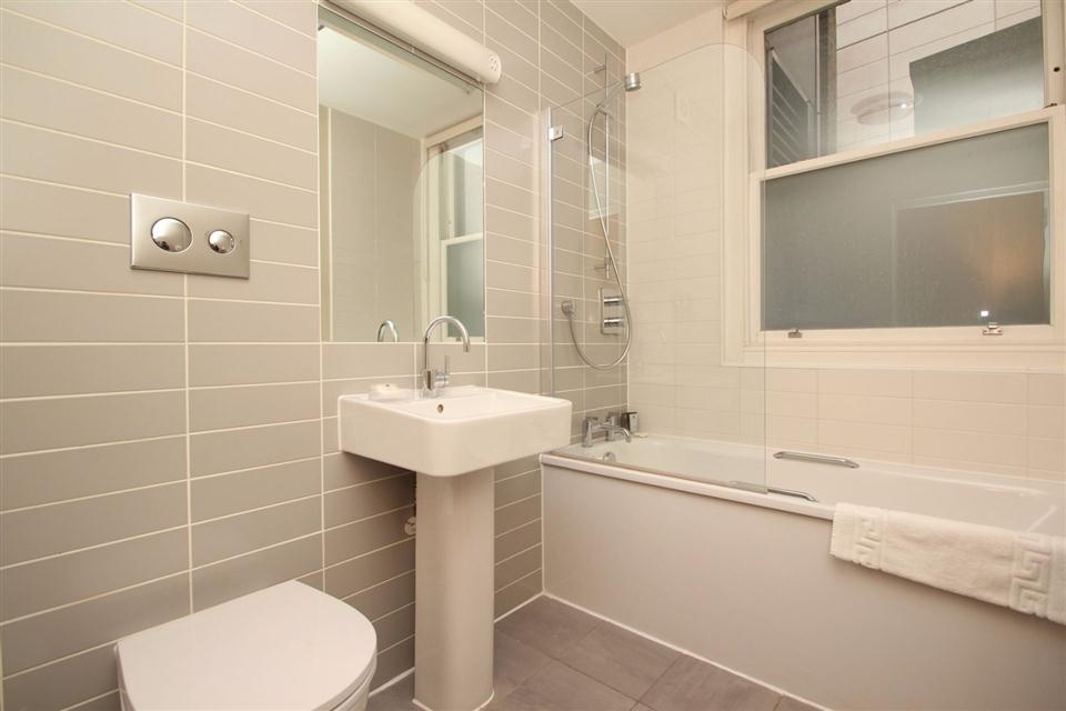 South Molton Street Apartments - Bathroom