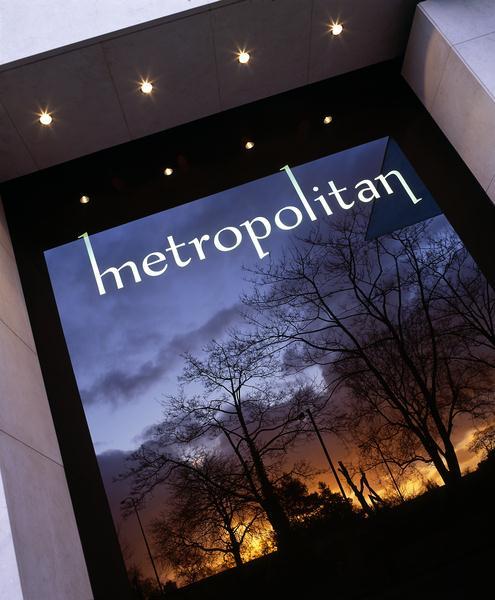 Metropolitan - Exterior