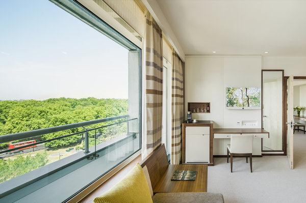 Metropolitan - Living Room