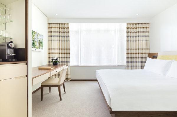 Metropolitan - Bedroom