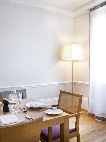 Metropolitan - Dining