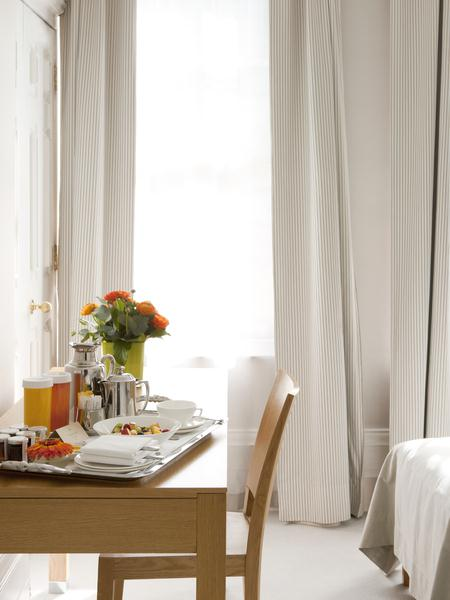 Metropolitan - Breakfast