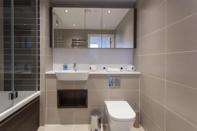 Altitude Point - Bathroom
