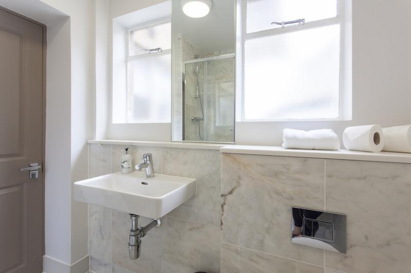 Cleveland Residences - Bathroom