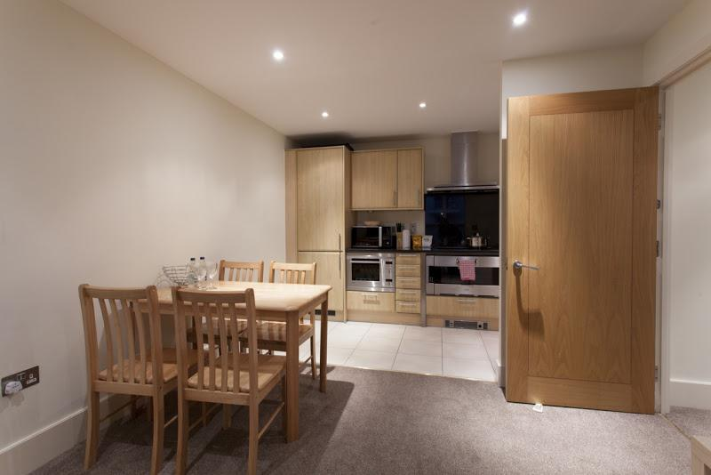 St Georges Wharf - Kitchen and Dining Area