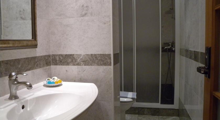 Best western Musuem Athens-Toilette.jpg