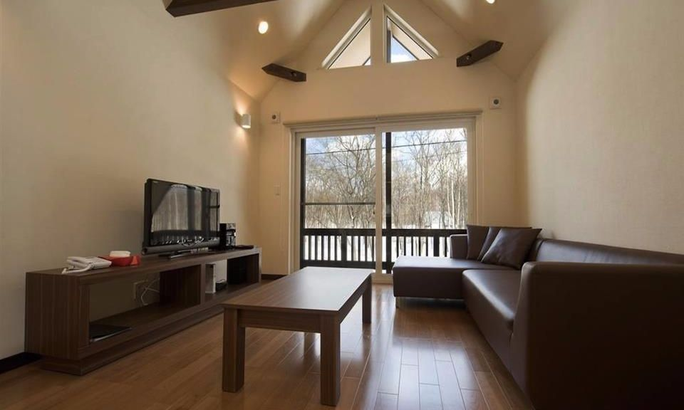 Niseko Accommodation Chalet at country resort 1
