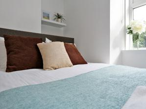 Holburn Street Apartments - Bedroom
