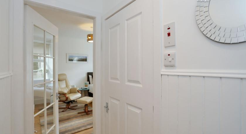 Holburn Street Apartments - Apartment