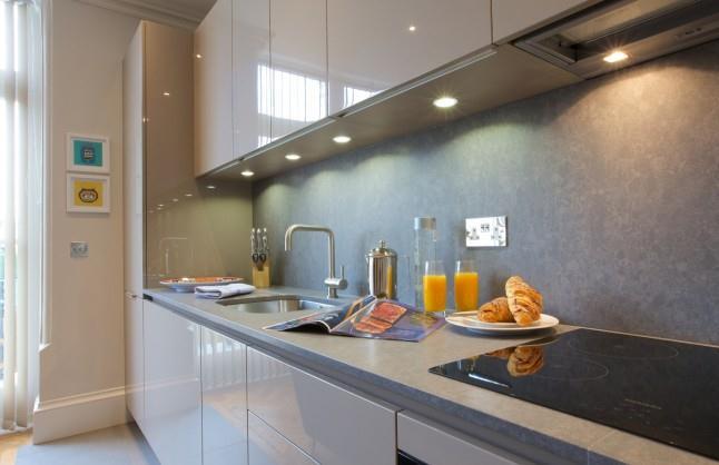 Barons Court Apartments - Kitchen
