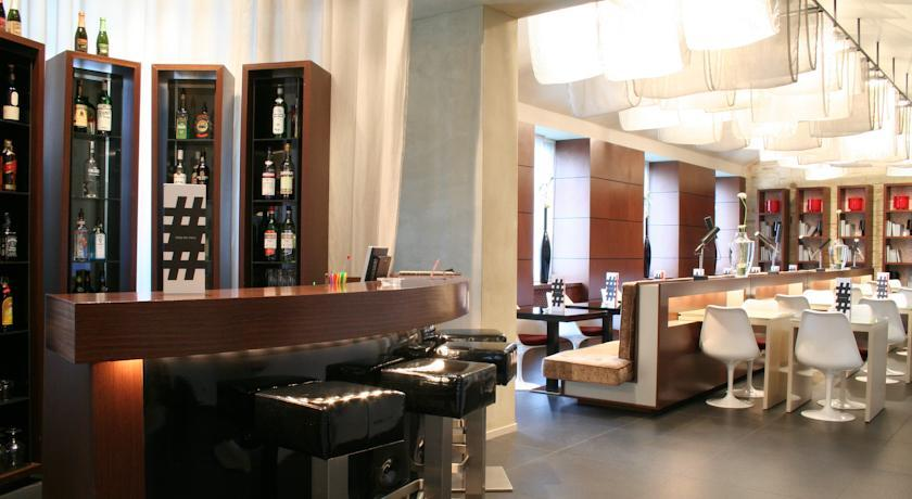 987 Prague - Lobby.jpg