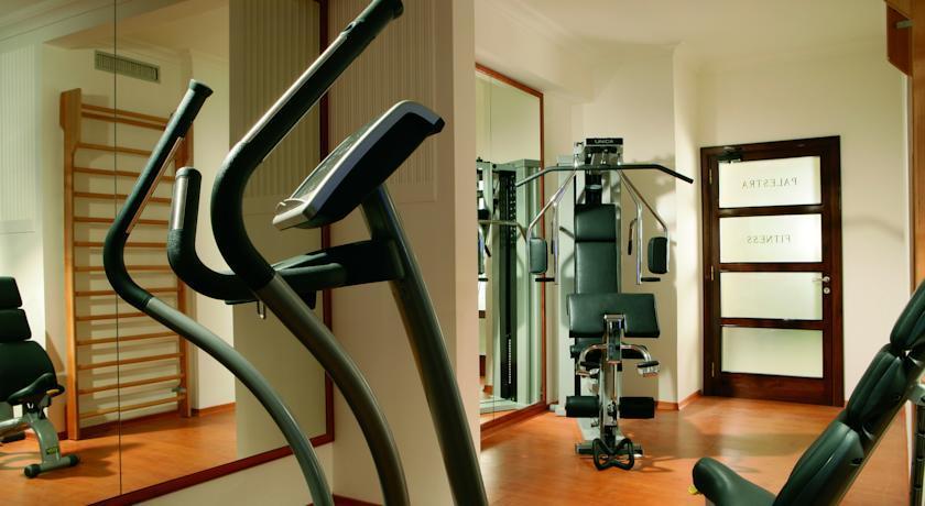 Bettoja Hotel Mediterraneo - Gym.jpg