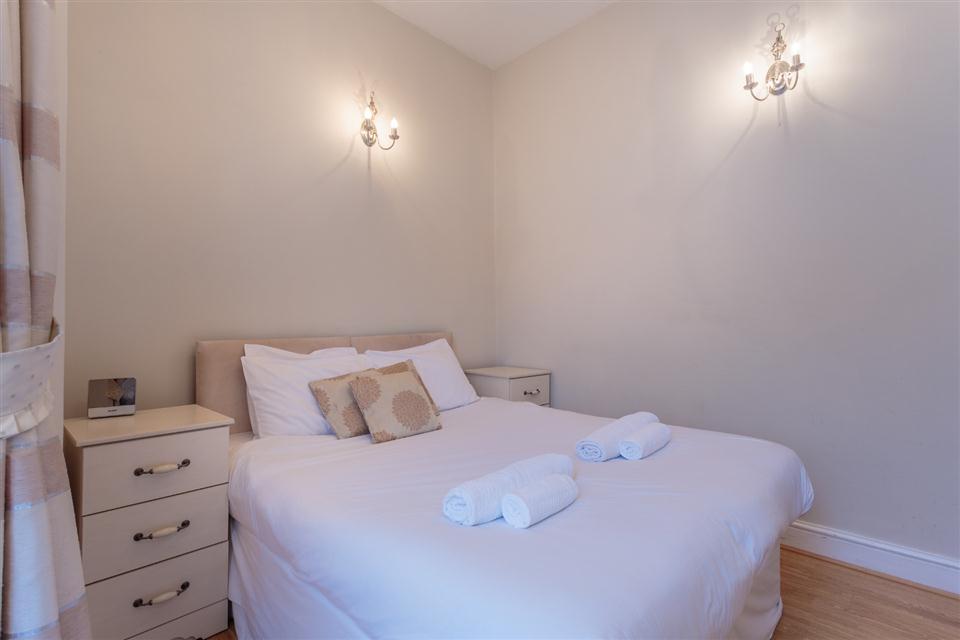 Castletown House - Bedroom