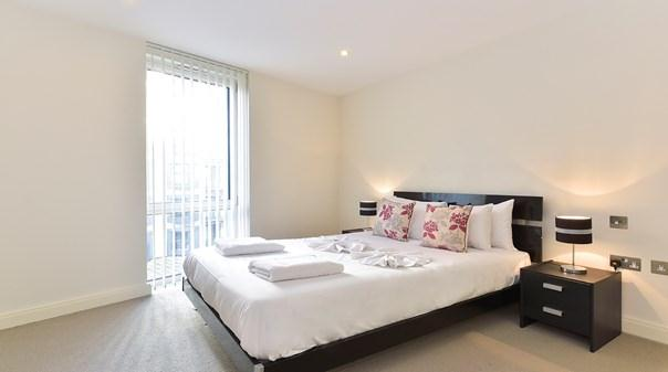 Still Life Canary Wharf Executive Apartments - Bedroom