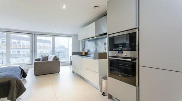 Old Street Executive Apartments - Kitchen and Living Area