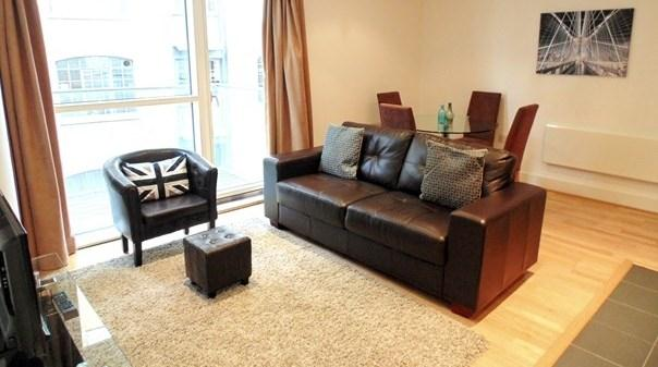 Tower Hill Apartments - Living Area