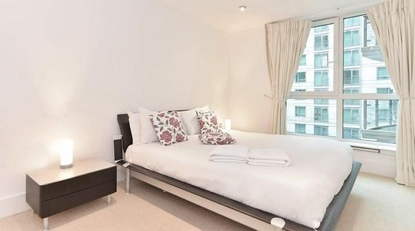 Vauxhall Apartments - Bedroom