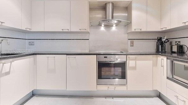 Vauxhall Apartments - Kitchen