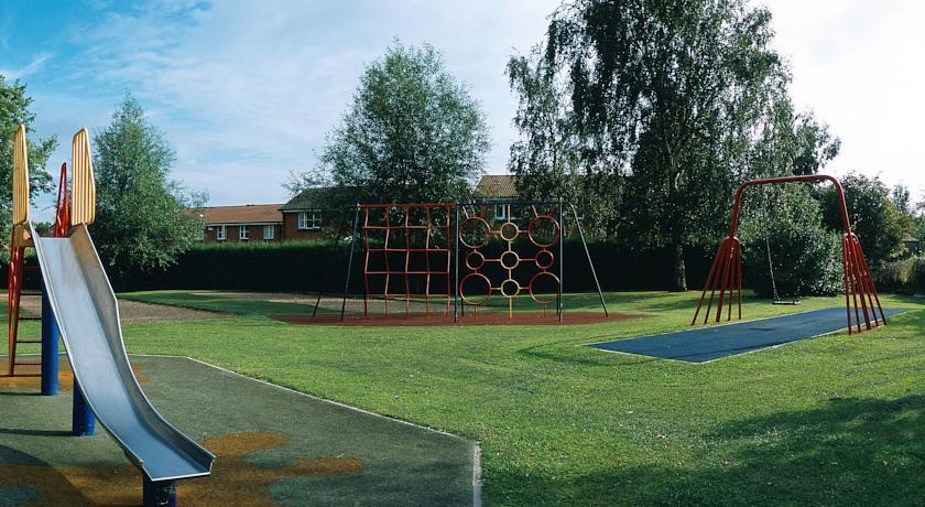 NovotelCoventryM6J3 Playground.jpg