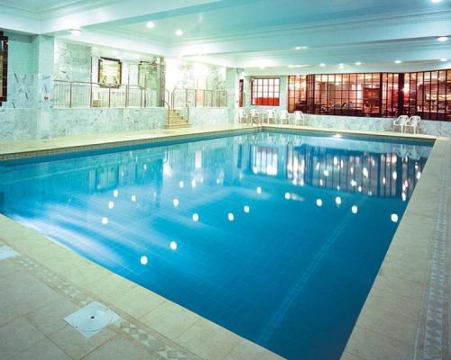 RoyalCourtHotel Pool.jpg