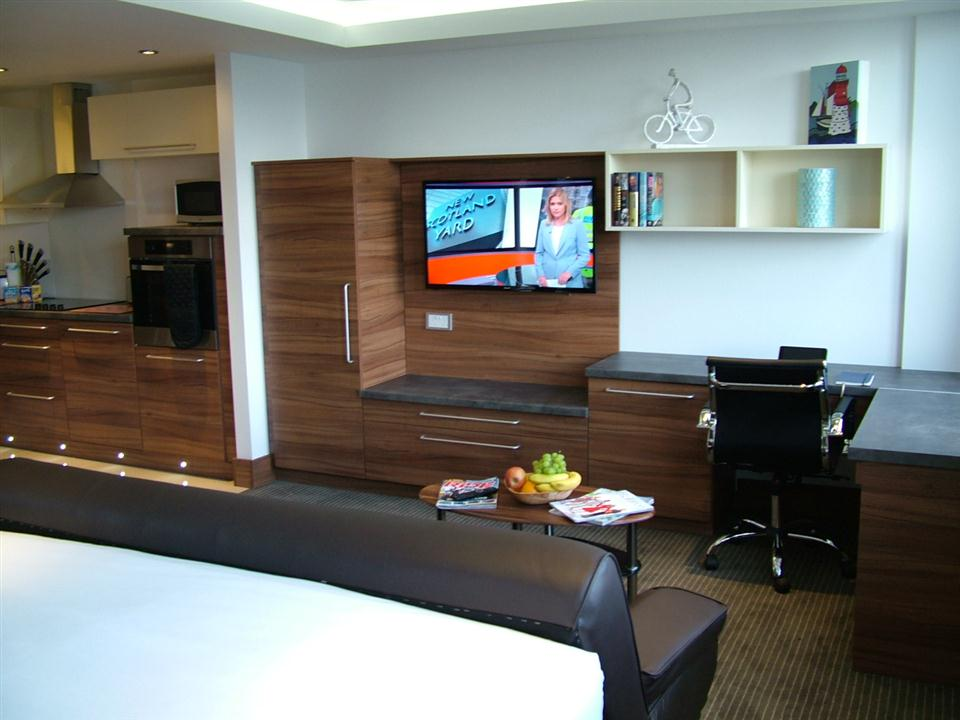 Watford Serviced Apartments - Large Studio