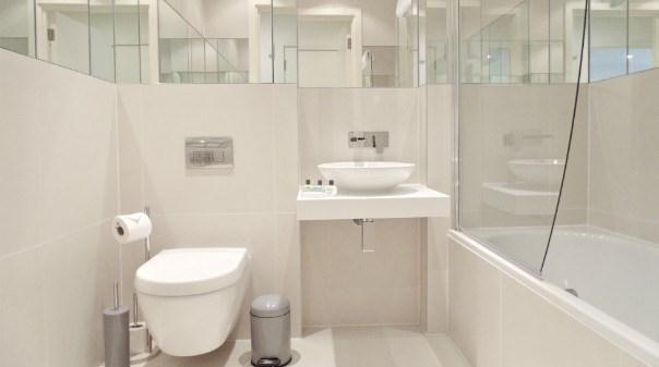 Still Life Clerkenwell Deluxe Apartments - Bathroom